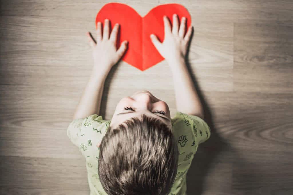 טיפול רגשי לילדים ברחובות ילד - לב
